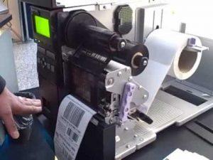 Máy in mã vạch bị lỗi nhăn mực và cách xử lý